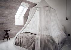 Nos encanta el toque romántico que dan al #dormitorio las #camas con dintel.