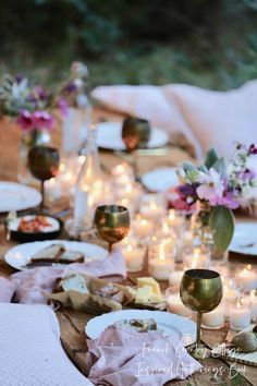 French Country Fridays- Summer Bohemian table | French Country Cottage | Romantic and beautiful summer dining tablescape for an enchanting outdoor dining experience. #outdoorliving #summertime