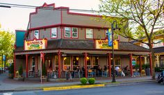 https://flic.kr/p/sNaTBv | Wendel's Bookstore & Café - Fort Langley | 103 –9233 Glover Road Fort Langley, BC Canada  **Wendel's is my favorite place to eat in Fort Langley, where you may see me eating on the outside patio on a Friday or Saturday evening, rain or shine!! (there's also an outdoor heater!) The venue is awesome and the fresh organic local food is always excellent! I would highly recommend this wonderful little Cafe & Bookstore!** :)   Wendel's is located in British Columbia'...