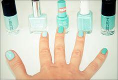 GOSH – Miss minty // P2 – Who cares ? // ESSENCE – viva la green // ESSIE – Turquoise & caicos // GOSH – Silky mint