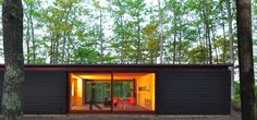 Image 1 of 11 from gallery of Linear Cabin / Johnsen Schmaling Architects. Courtesy of Johnsen Schmaling Architects