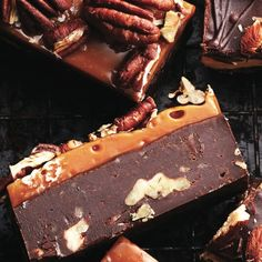 This combination is simply irresistible. Using packaged caramels to top the fudg… This combination is simply irresistible. Using packaged caramels to top the fudge also makes it incredibly easy. Decadent Chocolate, Delicious Chocolate, Chocolate Desserts, Chocolate Fudge, Fudge Recipes, Candy Recipes, Dessert Recipes, Pecan Recipes, Dessert Ideas
