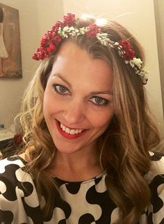 red flower crown. Winter floral crown. Coachella. Christmas hair piece. Bridal crown. Boho bride. Floral hairpiece. Wedding crown.