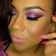 Purple shadow & Pink pastel lips