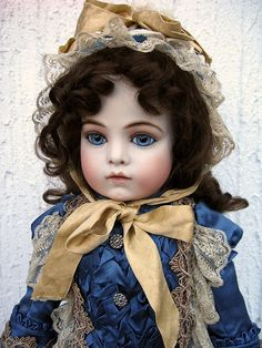6 by Sogno all'Alba, via Flickr  What a face!