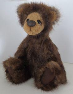 Artist bear, Mink Fur  Bear, OOAK Teddy Bear, Paddy by eclecticmoon on Etsy https://www.etsy.com/listing/187941969/artist-bear-mink-fur-bear-ooak-teddy