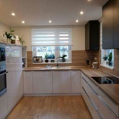 10 Designs Perfect for Your Tiny Kitchen area Kitchen Room Design, Modern Kitchen Design, Kitchen Layout, Home Decor Kitchen, Interior Design Kitchen, New Kitchen, Home Kitchens, Kitchen Ideas, Nordic Kitchen