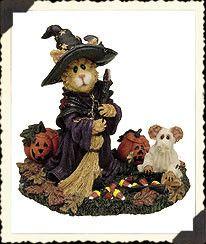 """Sabrina & Boo.. Purrfect Treats"" Boyds Bears, Treasure Boxes, Rabbits, Favorite Things, Folk, Teddy Bear, Child, Treats, Halloween"