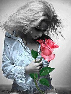 ¨`•ઇઉMe desculpa, mas eu não sei amar pela metade. Eu não sei precisar apenas…