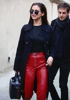 Selena Gomez Outfit Through The Years - Nona Gaya Selena Gomez Outfits, Selena Gomez Style, Celebrity Outfits, Celebrity Style, Bae, Marie Gomez, Spy Kids, Chic Outfits, Her Style