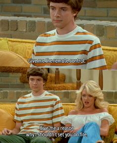 That Show. Eric and Laurie That 70s Show Memes, Kelso That 70s Show, Movies Showing, Movies And Tv Shows, Eric Forman, Thats 70 Show, Netflix, Chill, Hilarious Pictures