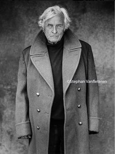 Rutger Hauer by Stephan Vanfleteren - Entertainment Movie Black And White Portraits, Black And White Pictures, Foto Portrait, Portrait Photography, Dutch Actors, Beautiful Men, Beautiful People, Rutger Hauer, Blade Runner