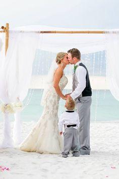 Romantic beach wedding ceremony in Destin florida