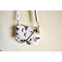 SHARE & Get it FREE | Metal Butterfly Pattern Floral Print Crossbody BagFor Fashion Lovers only:80,000+ Items·FREE SHIPPING Join Dresslily: Get YOUR $50 NOW!