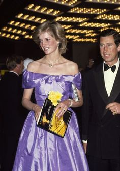 Diana Princess of Wales and Prince Charles arrive to watch a performance of Coppelia at St James Theatre in Auckland, New Zealand on April Diana is wearing a lilac evening dress. Get premium, high resolution news photos at Getty Images Princess Diana Fashion, Princess Diana Family, Princess Of Wales, Real Princess, Diana Wedding Dress, Top Wedding Dresses, Lady Diana Spencer, Charles And Diana, Prince Charles
