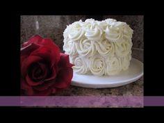 Aprenderás cómo hacer CREMA CHANTILLY PERFECTA. La crema Chantilly casera es ideal para tortas, cupcakes y postres. TODO SOBRE CREMA CHANTILLY. Madeline Cake, Cake Videos, Frosting, Cake Decorating, Projects To Try, Birthday Cake, Cupcakes, Sweets, Desserts