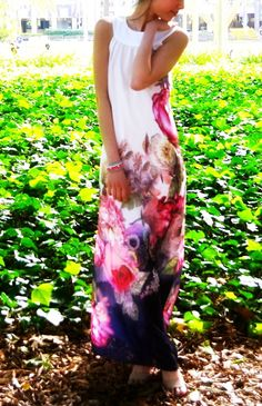 ee8621f815a Floral aery maxi dress. Holiday Party ...