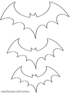 Looking for a Coloriage A Imprimer Halloween Chauve Souris. We have Coloriage A Imprimer Halloween Chauve Souris and the other about Coloriage Imprimer it free. Moldes Halloween, Casa Halloween, Halloween Templates, Manualidades Halloween, Adornos Halloween, Halloween Crafts For Kids, Halloween Projects, Holidays Halloween, Holiday Crafts
