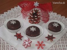 Gingerbread cookies (medovnicky) with filling