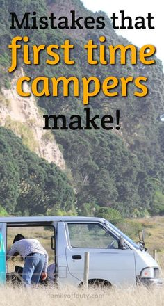 First time RV camping tips, essentials and checklists, for rental but also for RV owners. Check these camping advice for beginners that will make your motorhome trip and campervan experience more enjoyable. Find now our first time RV camping essentials. Camping With Kids, Travel With Kids, Family Camping, Us Travel Destinations, Dog Travel, Family Travel, Voyage En Camping-car, Rv Camping Tips, Packing Tips For Travel