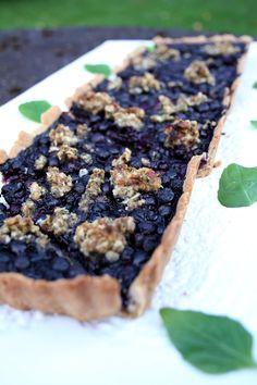 Ruoka-alkemisti: Mustikkapiirakka minttu-crumblella