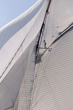 Seams in the wind - Sailing - Seatech Marine Products / Daily Watermakers
