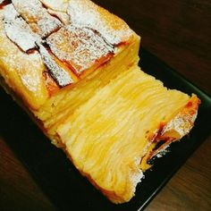 りんごのガトーインビジブル★ by とみ★とみ 【クックパッド】 簡単おいしいみんなのレシピが280万品 Dessert Cake Recipes, Sweets Cake, Sweets Recipes, Apple Recipes, Cooking Recipes, Desserts, Cafe Food, Food Menu, Healthy Sweets