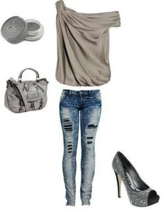 Cream top and skinny jeans club outfit