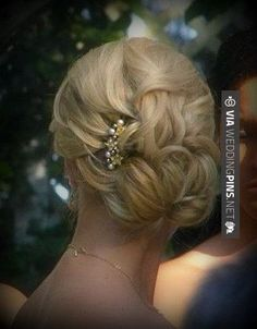 Gold hair comb Wedding bridal hair piece Swarovski by Wedding Hairstyles With Veil, Hair Comb Wedding, Wedding Hair And Makeup, Braided Hairstyles, Cool Hairstyles, Hair Makeup, Hairdos, Bridesmaid Hair, Prom Hair