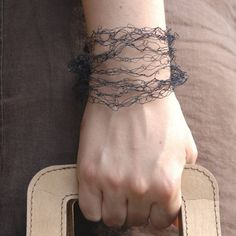 Black Necklace / Bracelet made of Paper Yarn by PaperPhine on Etsy, €28.00