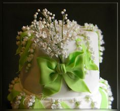 Wedding cake with lilies of the valley