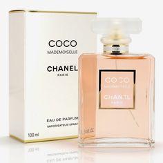 Eis que agora faço uma resenha do Perfume Cococ Mademoiselle de Chanel, esse enorme sucesso, presente no atual TOP 10 das fragrân...