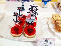 SD Eventos: LISTOS PARA ZARPAR! Mesa dulce temática Náutico niña Nautic girl party Sweet table  Mini tortas temáticas Tarta de frutilla