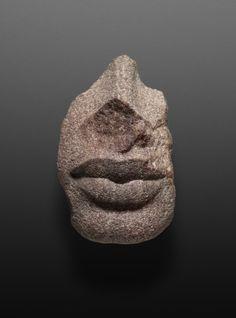 Fragment from the face of a statue. Historical Dating: Amenhotep (Amenophis) IV / Akhenaten. © Foto: Ägyptisches Museum und Papyrussammlung der Staatlichen Museen zu Berlin - Preußischer Kulturbesitz