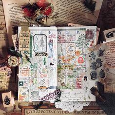 Weekly spread . . . #手帳ゆる友 #マステ #マスキングテープ #snailmail #QueenieCraftJournal #flatlay #traveler #papergoods #paperaddict #classiky #loveforanalogue #artjournal #stationeryaddict #bulletjournal #bujo #rubberstamp #waxseal #planneraddict #midoritravelersnotebook #travelersnotebook #planneraddictmalaysia