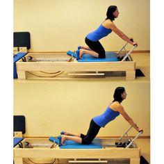 Beginner Pilates Reformer Workout: Knee Stretch Series: Arch Back