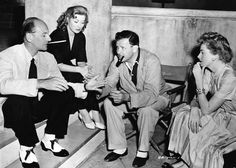 John Gielgud, Greer Garson, il regista Joseph L. Mankiewicz e Deborah Ker