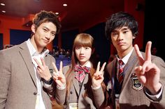 Taeyeon from Suzy from Miss A and Kim Soo Hyun acted in Dream High. Ok Taecyeon, Best Dramas, Korean Dramas, Do Bong Soon, Web Drama, Weightlifting Fairy Kim Bok Joo, Dream High, Romance, Boys Over Flowers