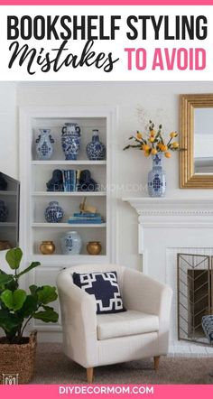 Easy steps to decorate a bookshelf with books and decorative objects! - Easy steps to decorate a bookshelf with books and decorative objects! Perfect for built in bookcase - Cool Bookshelves, Decorating Bookshelves, Built In Bookcase, Decorate Bookcase, Decorating Your Home, Diy Home Decor, Room Decor, Decorating Tips, Wall Decor