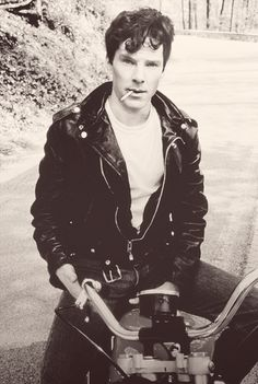 Ben giving a James Dean-vibe, and looking uber-sexy. I mean, he always does, but this is exceptional