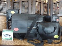 Recycled Inner Tube Tires repurposed as Messenger Bag and accessories. Made in El Salvador.