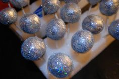 Disco cake pops! How FAB 4 a tween's party?!?  Tarng Reigert for summer's bday party?!