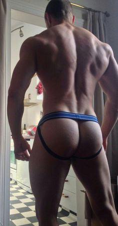 (4) Leicester Gay Guy (@GayTimeLord) | Twitter