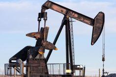 Daniel J. Graeber Feb. 3 (UPI) -- The U.S. crude oil market is turning bearish as stockpiles build up in response to rising imports, a…