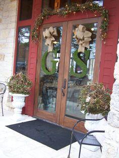 Wedding doors from http://cherryhillcottage.typepad.com/cherryhill_cottage/2012/01/danielson-wedding.html?utm_source=feedburner&utm_medium=feed&utm_campaign=Feed%3A+CherryHillCottage+%28Cherry+Hill+Cottage%29