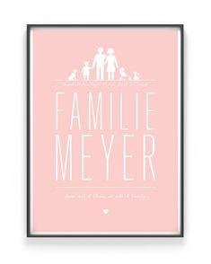 Modernes Family Poster zum Selbstgestalten, wähle deine Familienmitglieder anhand von Familienikons selbst aus und gib ihnen eure Namen, trage den Familennamen ein, nunnoch ein tolles Zitat oder den Familienspruch dazu. Fertig ist dein Poster Familie und wir dir versandkostenfrei nach Hause geliefert. Text Poster, Baby Poster, Family Poster, Personalized Posters, Travel Illustration, Modern Family, Greeting Cards, Cool Stuff, Interior
