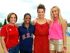 #Olympics2012 #GabbyDouglas, 16, Poses with Team USA's All-Around #Gymnastics Champions Nastia Liukin, Carly Patterson, and Mary Lou Retton –  following her 62.232 point finish.