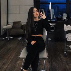 53 Ideas photography friends poses hair for 2019 Teen Fashion Outfits, Fall Outfits, Photography Women, Fashion Photography, Beautiful Tattoos For Women, Applis Photo, Girls World, Tumblr Girls, Cute Casual Outfits