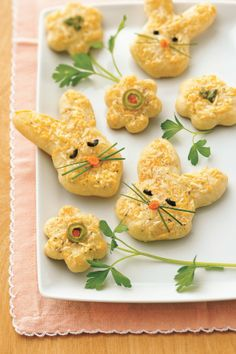 How cute are these? Cheesy Easter Bunnies!