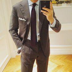 "gazman70k - ""  Back in SG to earn a buck!  Suit by @sartoria.corcos. Tie and pocket square by @zegnaofficial. Shirt by @barbanapoli.  #menswear #mensstyle #menstyle #mensfashion #mensweardaily #bespoke #bespoketailoring #fattaamano #sumisura #fattaamano_menswear #gqstyle #styleforum #stylegram #artisan #artisanal #ontheroadwithgt #sartoriacorcos  """